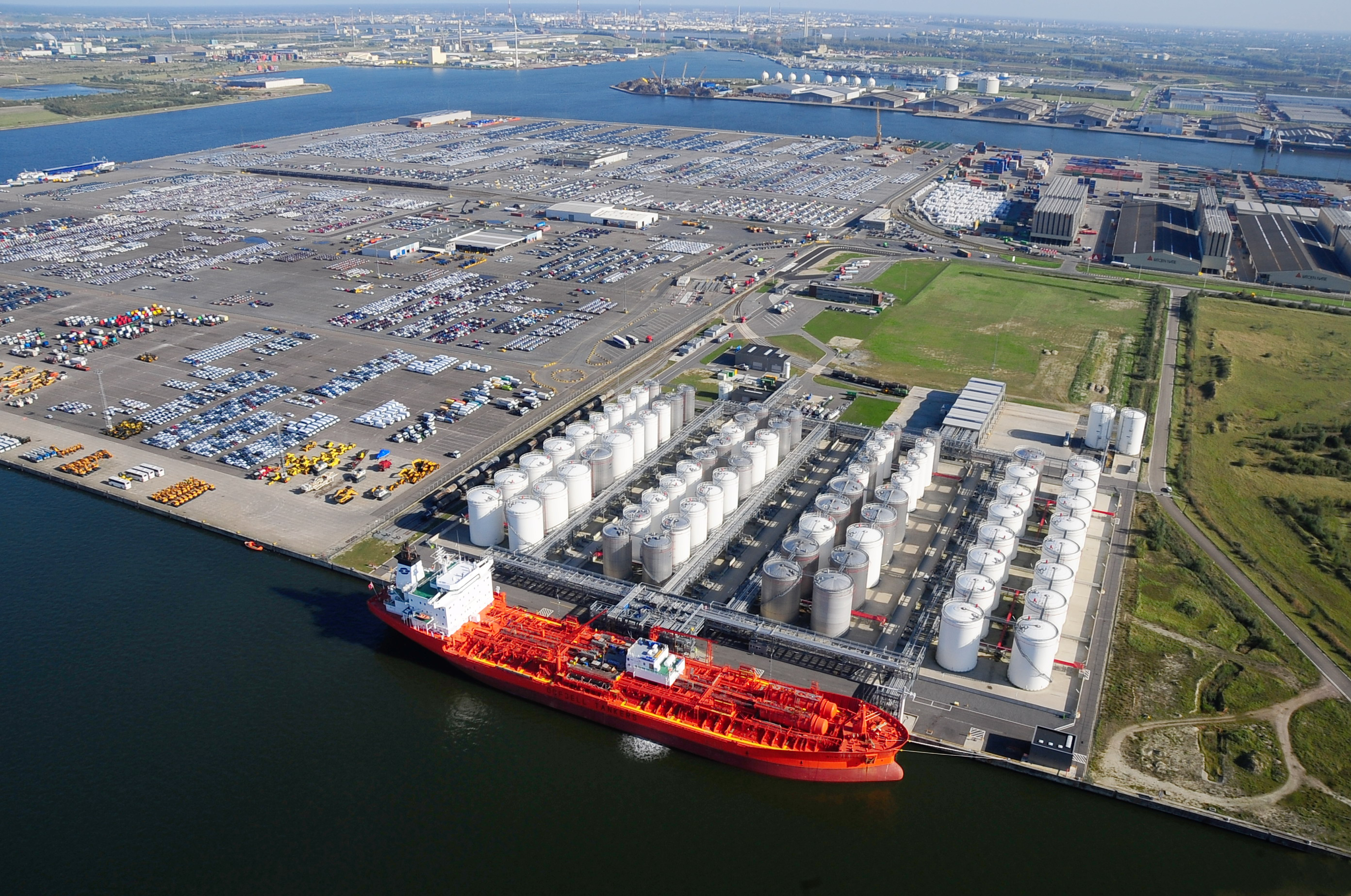 Chemicals and roro in the Port of Antwerp