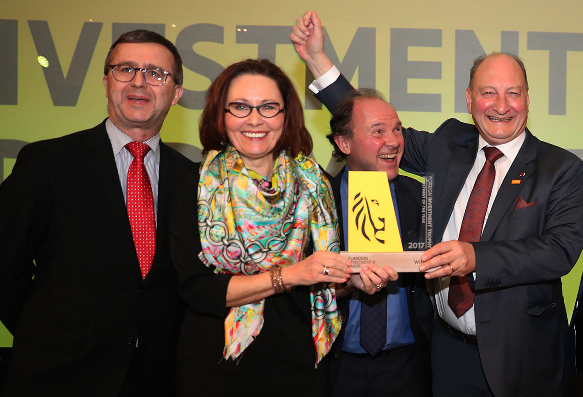 From left to right: Bruno Segers (Chairman Board of Directors Flanders Investment & Trade), Claire Tillekaerts (CEO Flanders Investment & Trade), Philippe Muyters (Flemish Minister for Work, Economy, Innovation and Sport) and Wouter De Geest (CEO BASF Antwerpen).