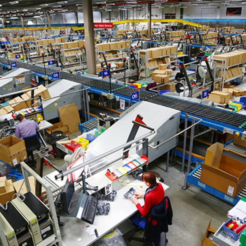 A survey by AmCham Belgium shows that Flanders' strength in logistics is internationally recognized.