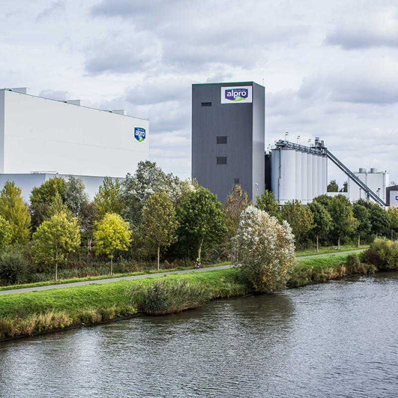 Alpro (FR) invests in Flanders for sustainable food future