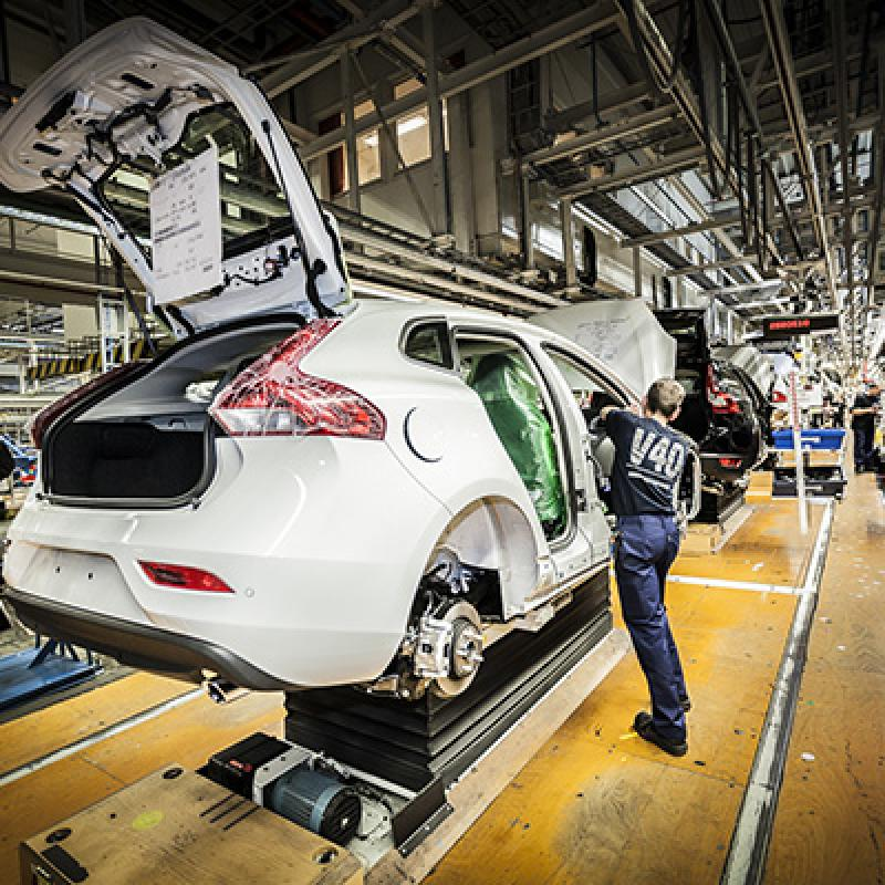 Volvo (SE) builds a new assembly line in Ghent for the battery packages of their new electric car, the XC40.