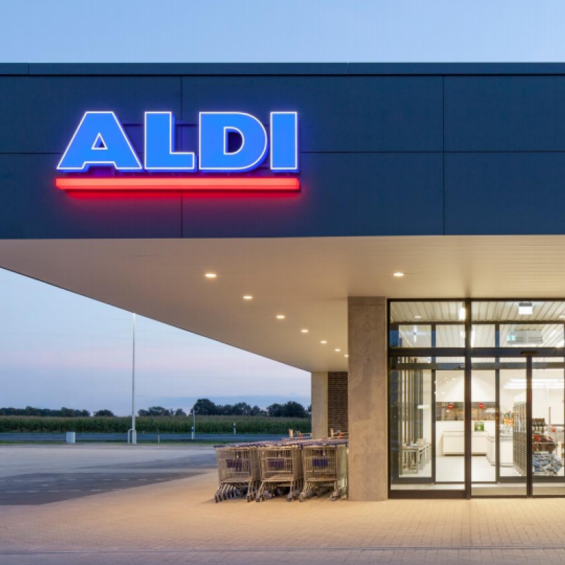 Aldi invests EUR 50 million in a larger distribution center and administrative HQ in Flanders.