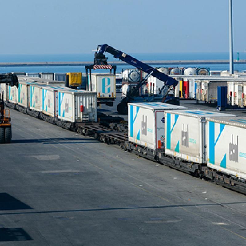Train in port