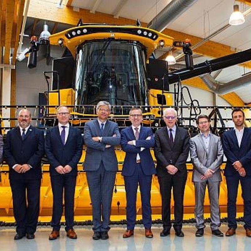 At the end of May, the new 'Machine Building & Mechatronics' (M&M) competence center was officially launched in West Flanders.