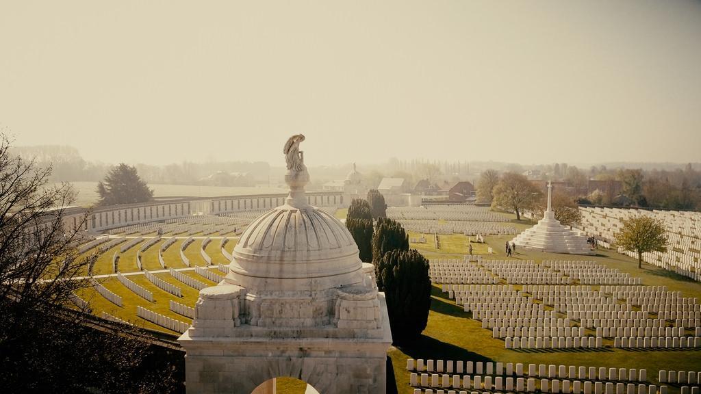 Tyne Cot Cemetery, Zonnebeke - Flanders